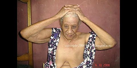 OmaGeiL – Grandma's All Horny Photos and Pictures