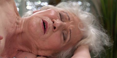 Curvy Granny Cant Get Enough Cock During Her Massage