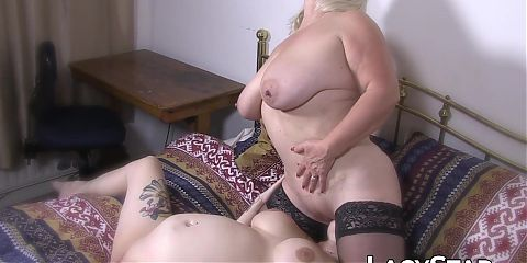 Granny Lacey Starr in sexy stockings gets fingered by horny dyke