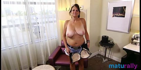 Saggy Tits 9 - When saggy tits are very close