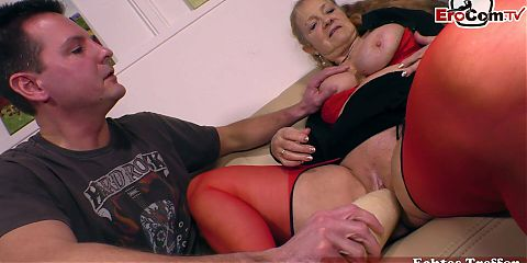 German mature granny with big boobs fucks with vegetables
