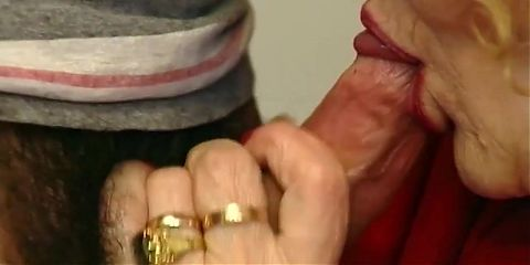 ugly 81 year old mom fucked